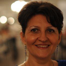 Manuela Avram